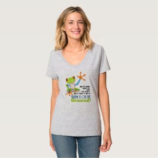 T-shirts Jogou-o na terra