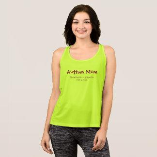 T-shirts Mamã do autismo que procura um playdate, não uma