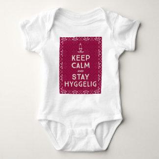T-shirts Mantenha calmo e estada Hyggelig