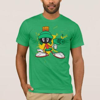 T-shirts Marvin com arma