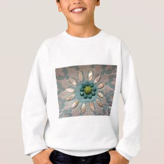 T-shirts O grânulo projetou verdes azeitonas da flor e