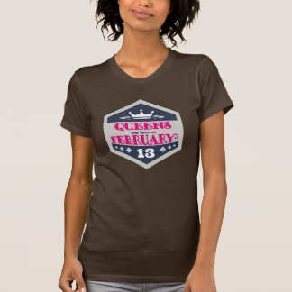 T-shirts O Queens é nascido o 13 de fevereiro