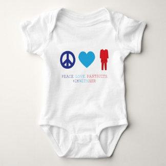 T-shirts Paz. Amor. Pantsuits.