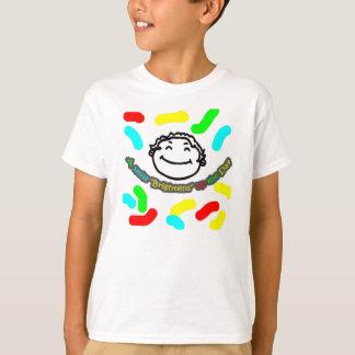 T-shirts Pouco seu um CO perto real. Um sorriso