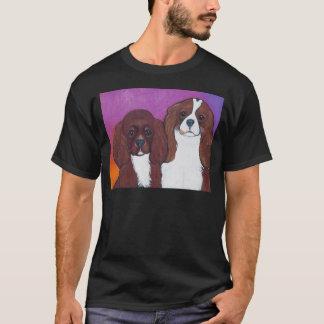 T-shirts Spaniels de rei Charles descuidados