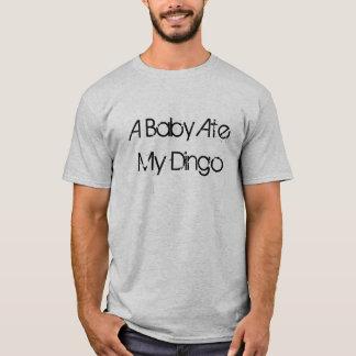 T-shirts Um bebê comeu meu Dingo