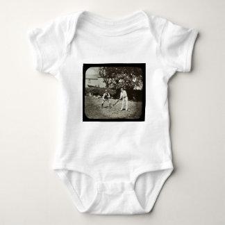 T-shirts Vintage dos jogadores do grilo da corrediça de