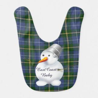 Tartan de Nova Escócia do boneco de neve do Natal Babador