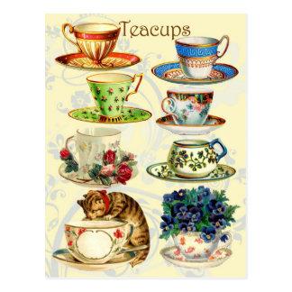 Teacups por o tempo do chá cartão postal