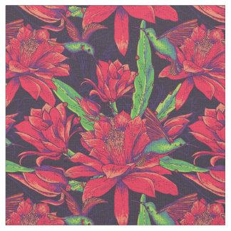 Tecido Flores e colibris