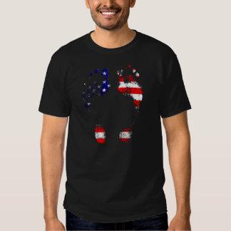 Tem uma alma americana - presentes da pegada dos camiseta