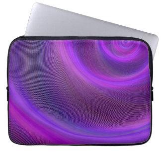 Tempestade roxa da noite capas para laptop
