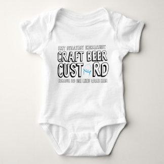 Terno do bebê da estratégia de saída tshirts