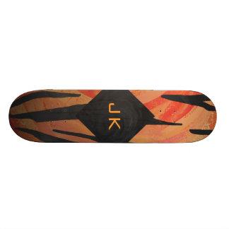 Teste padrão alaranjado do tigre do monograma e shape de skate 21,6cm
