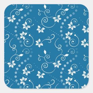 Teste padrão branco da videira e de flor no azul adesivo quadrado