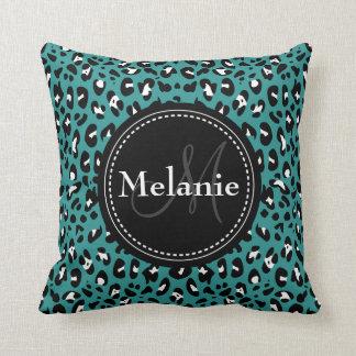 Teste padrão branco do leopardo do preto Monogramm Travesseiro
