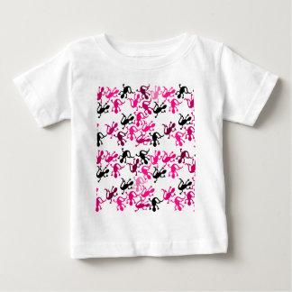 Teste padrão cor-de-rosa dos lagartos camiseta para bebê