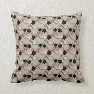 Teste padrão de flor branco e cor-de-rosa preto travesseiro de decoração