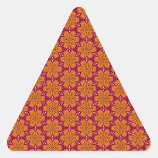 Teste padrão de flor do coração adesivo triangular