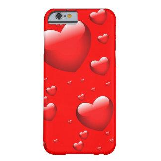 Teste padrão de flutuação dos corações capa barely there para iPhone 6