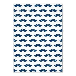 Teste padrão engraçado do bigode do brilho dos convite 12.7 x 17.78cm