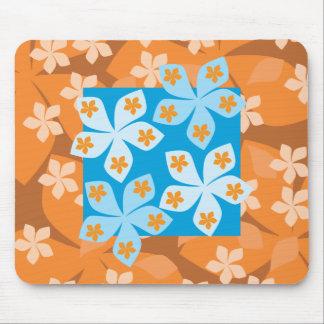 Teste padrão floral tropical. Azul e laranja Mousepads