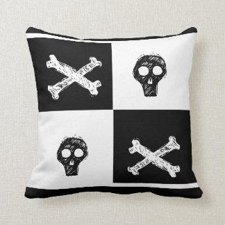 teste padrão preto e branco do conselho de travesseiros de decoração