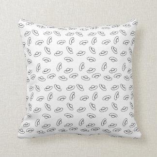 Teste padrão preto e branco engraçado do chapéu travesseiros de decoração
