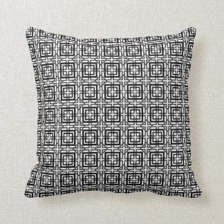 Teste padrão quadrado preto e branco travesseiro