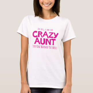 Tia louca que adverte o t-shirt tipográfico