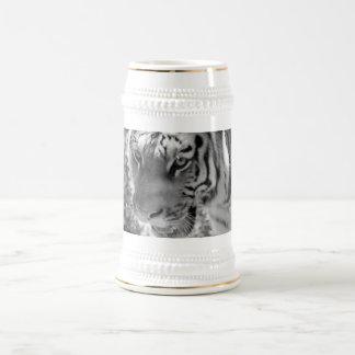 Tigre listrado selvagem preto e branco caneca de cerveja