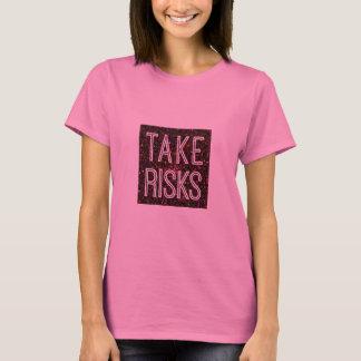 Tome o vermelho dos riscos tshirts