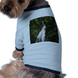 Torrente de fluxo branca da cachoeira camiseta para cães
