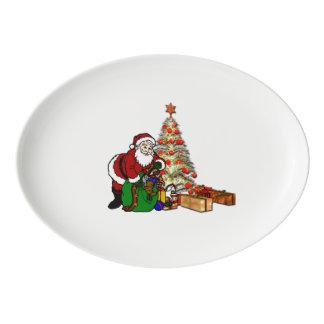 Travessa De Porcelana Papai noel com os brinquedos sob a árvore de Natal