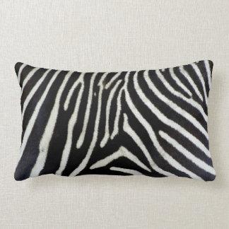 Travesseiro branco QUENTE da zebra do preto n