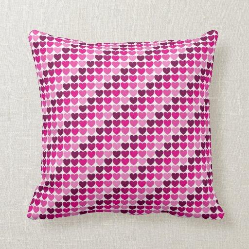 Travesseiro cor-de-rosa dos corações