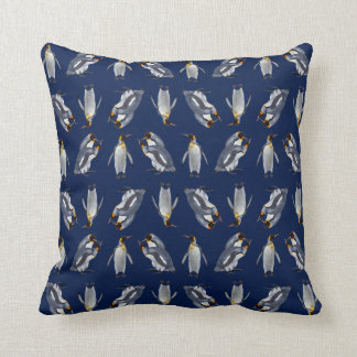 Travesseiro da agitação do rei pinguim (marinho) almofada