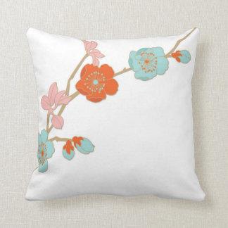 Travesseiro decorativo das flores pastel do estilo almofada