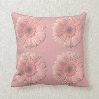 Travesseiro decorativo do design cor-de-rosa da almofada