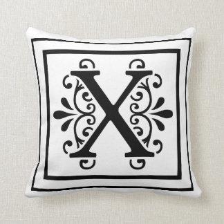 Travesseiro decorativo do monograma da letra X Almofada
