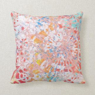Travesseiro decorativo floral do abstrato