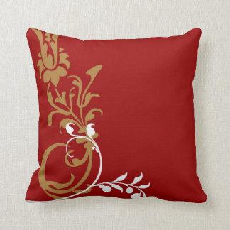 Travesseiro decorativo vermelho do redemoinho do almofada
