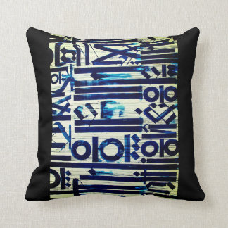 Travesseiro do abstrato do azul, linhas azuis e almofada