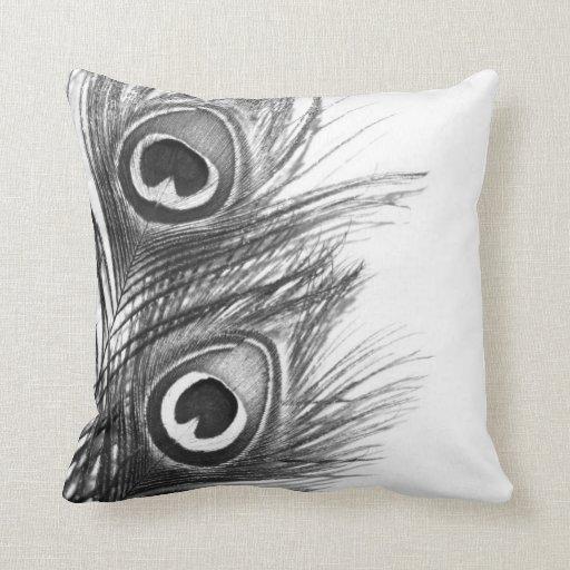 Travesseiro do pavão - preto e branco