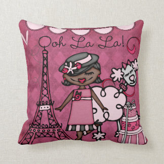 Travesseiro feito sob encomenda da diva de Paris Almofada