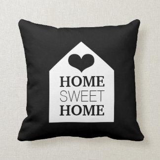 Travesseiro preto & branco HOME DOCE HOME