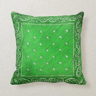 Travesseiro verde com design de Paisley Almofada