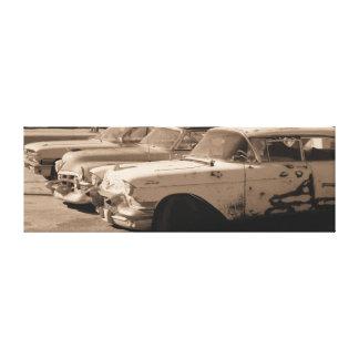 "Três carros velhos, 30"" x 10"" x 0,75"" canvas"