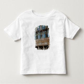 Três lareiras sculptured no Salle T-shirts