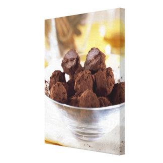 Trufas com chocolate preto de 70% para o uso dentr impressão em tela canvas